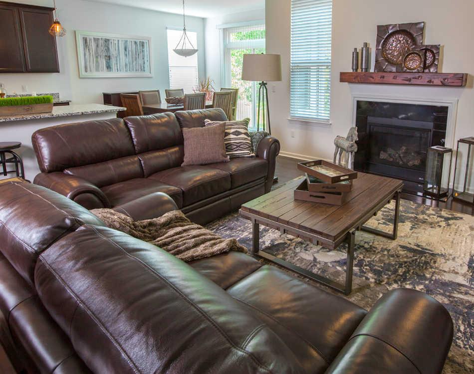 Tarek's living room