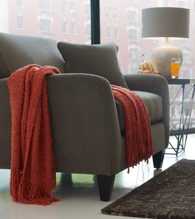 Dolce Sofa with spice-inspired textured throw