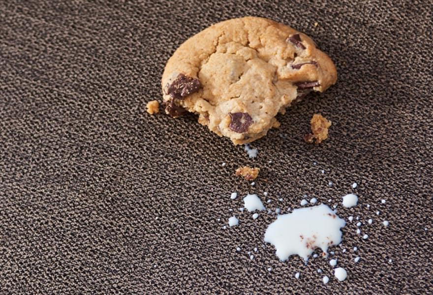 Cookie and milk on iClean™ cover