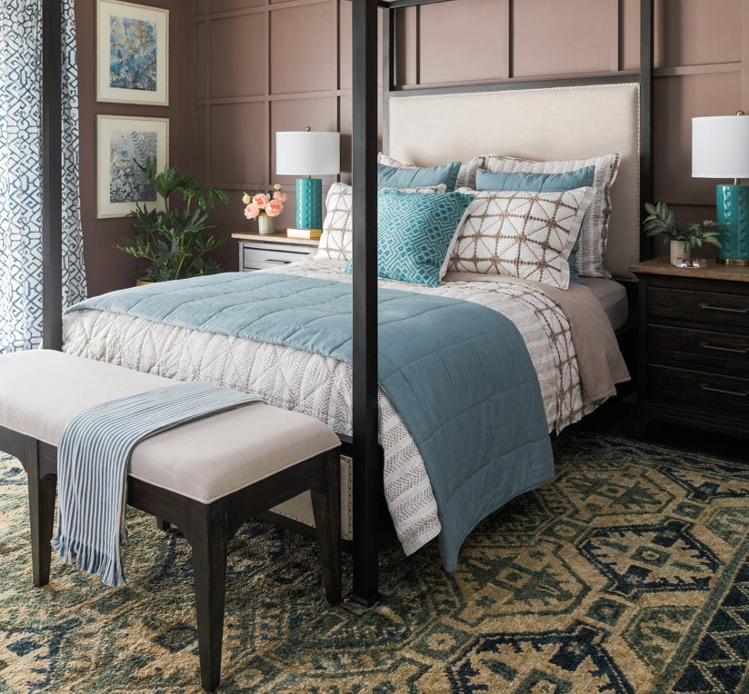 Plank Road Shelley Canopy Queen Bed