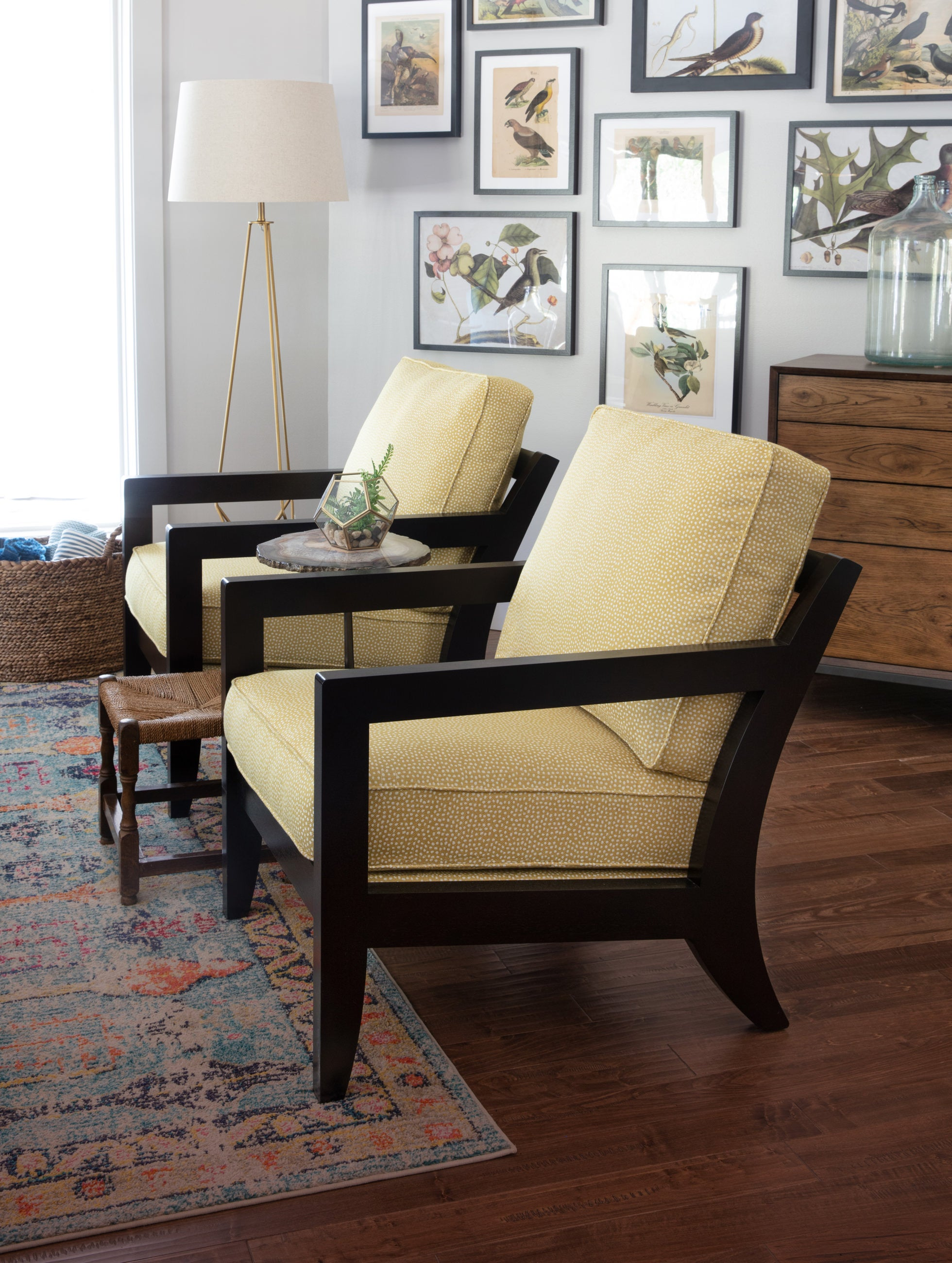 Living room scene with Gridiron Chairs
