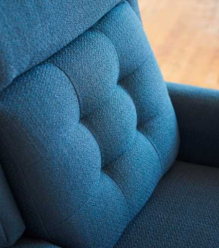 Closeup of Brentwood Power Reclining Chair tufted back
