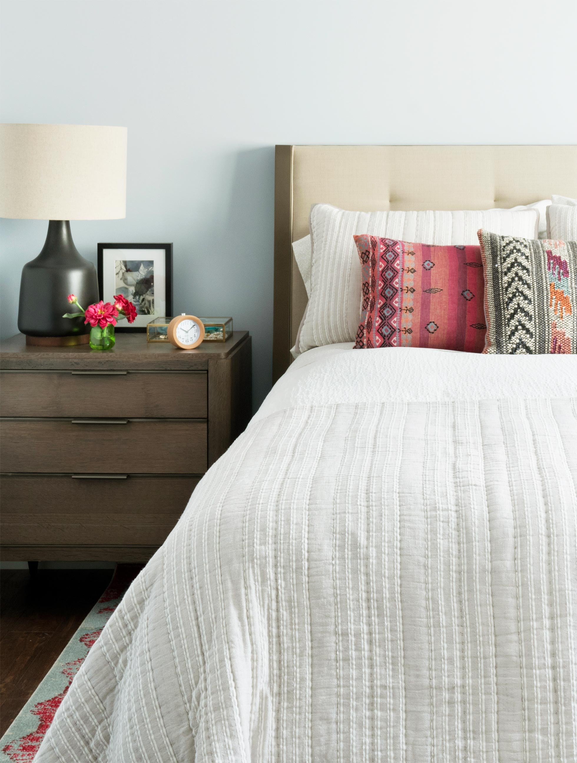 Bedroom with Samuel Queen Platform Bed and Aiken Three Drawer Nightstand
