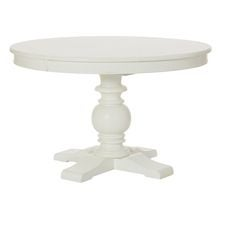 Lynn Haven Round Dining Table