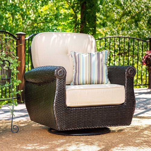 Breckenridge Swivel Rocker (Natural Tan)