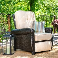 Breckenridge Patio Recliner w/ Natural Tan Cushion