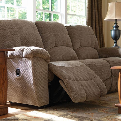 hayes reclining sofa la z boy rh la z boy com lazy boy leather sofa and loveseat