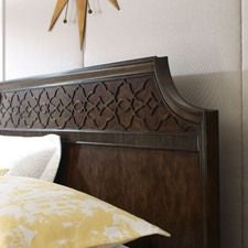 Grantham HallFull/Queen Panel Bed Complete