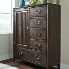 Montreat Tucker Chest